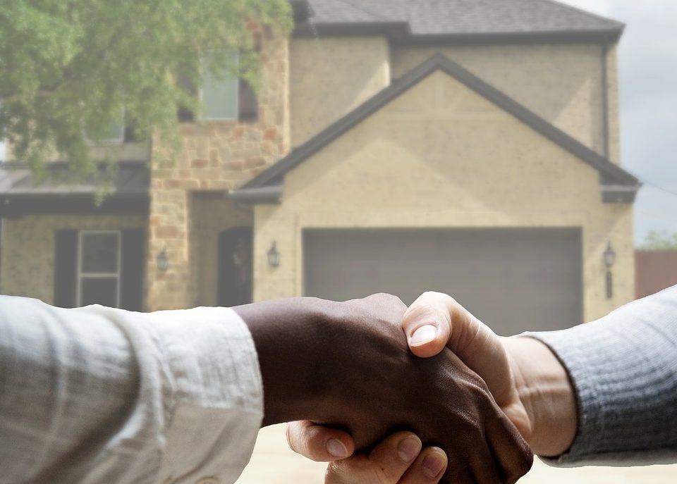 agent immobilier discrimination
